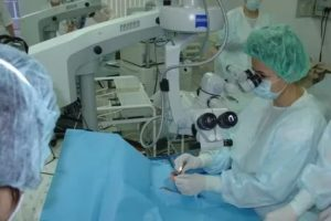 Как получить квоту на операцию по замене хрусталика в москве