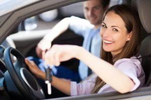 Как оформить машину на жену а ездить самому