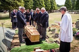 3 дня на похороны оплачиваются или нет