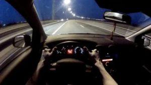 Как снять со скоростью автомобиль